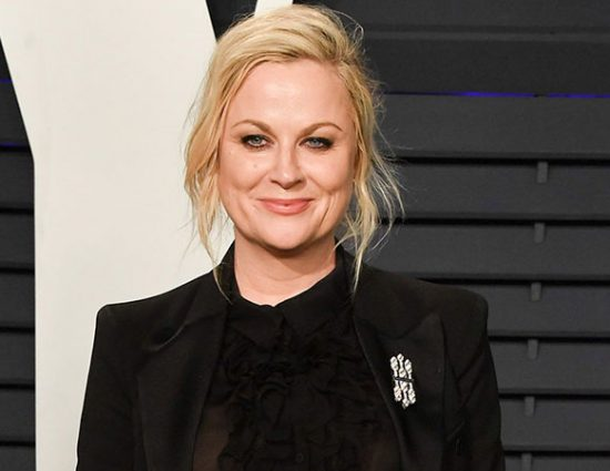 Amy Poehler attends the  Vanity Fair Oscar Party