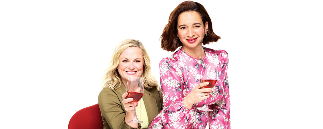 Amy Poehler and Maya Rudolph cover the May issue of Parade Magazine