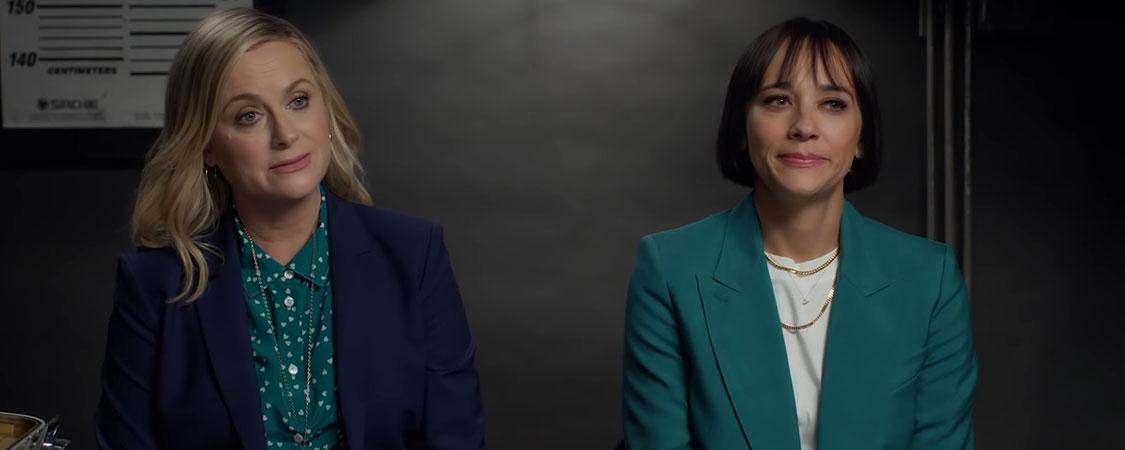 (Video) Amy Poehler & Rashida Jones Take the Vanity Fair Lie Detector Test
